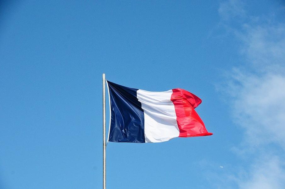 Où trouver des décorations françaises ?